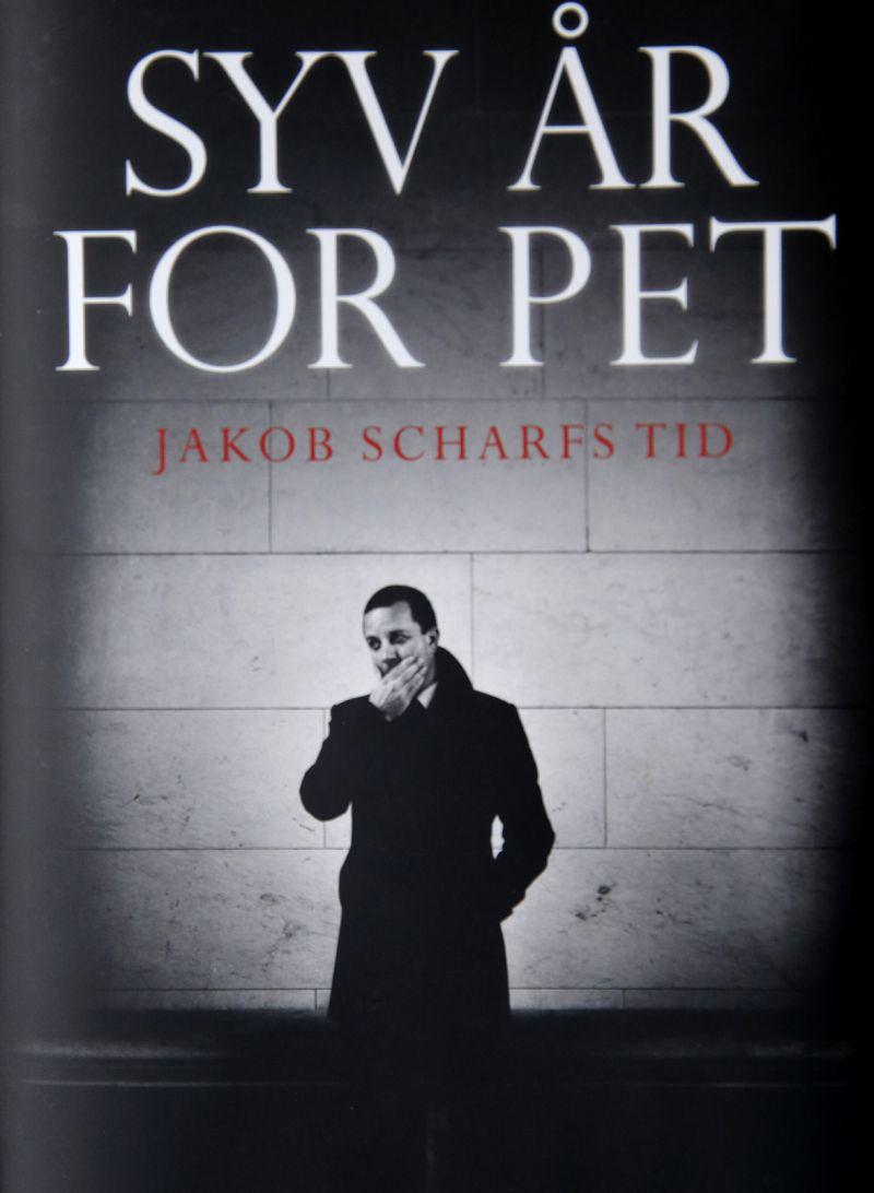 "Jakob Scharf's ""Ten Years With the PET"""